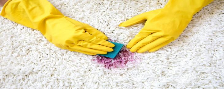 انواع لکه های لباس و روش های پاک کردن آنها